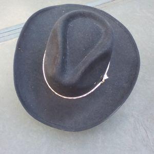 Men's Western style hat